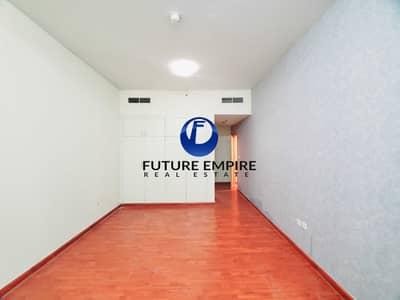 3 Bedroom Apartment for Rent in Bur Dubai, Dubai - Luxurious & Spacious 3BHK Apartment in Oud Metha