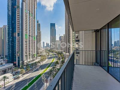 3 Bedroom Flat for Rent in Downtown Dubai, Dubai - Open Kitchen | Bright and Spacious | City View