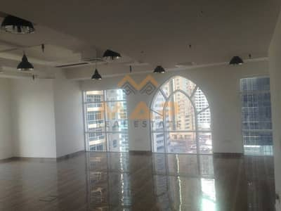 FULLY FITTED OFFICE FULL LAKE VIEW CLOSE TO METRO