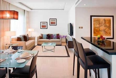 شقة 1 غرفة نوم للبيع في أبراج بحيرات الجميرا، دبي - Luxurious Fully Furnished Apartment !! High Floor! JLT