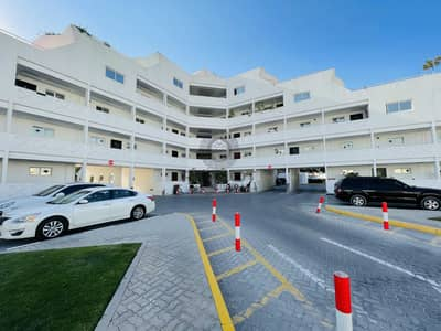 2 Bedroom Flat for Rent in Al Garhoud, Dubai - Chiller Free   60 Days Free   No Commission