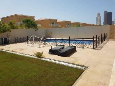 فیلا 5 غرف نوم للايجار في جميرا بارك، دبي - فیلا في ليجاسي جميرا بارك 5 غرف 400000 درهم - 5454119