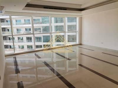 فلیٹ 3 غرف نوم للايجار في منطقة الكورنيش، أبوظبي - شقة في وايف تاور منطقة الكورنيش 3 غرف 134999 درهم - 5454163