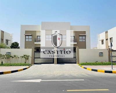 6 Bedroom Villa for Sale in Al Manara, Dubai - OWN  A HUGE 6 BEDROOM VILLA  In JUMEIRAH