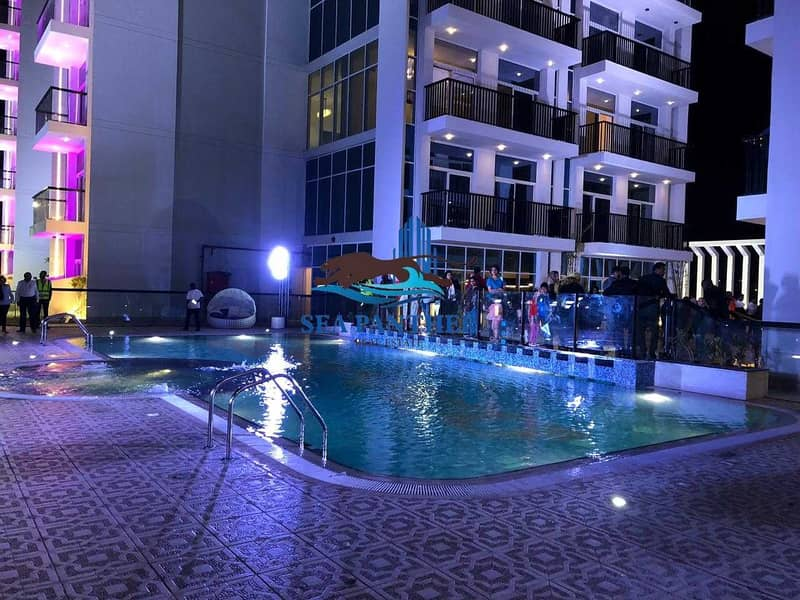 14 FULLY FURNISHED STUDIO  POOL VIEW   CHILLER FREE