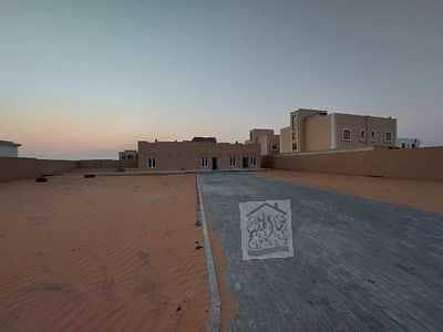 2 Bedroom Villa for Rent in Al Rahmaniya, Sharjah - Villa for rent in Rahmaniyah area, personal finishing