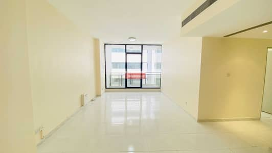 2 Bedroom Flat for Rent in Bur Dubai, Dubai - Offer Price- 2 BR with Balcony in Mankhool- Gym