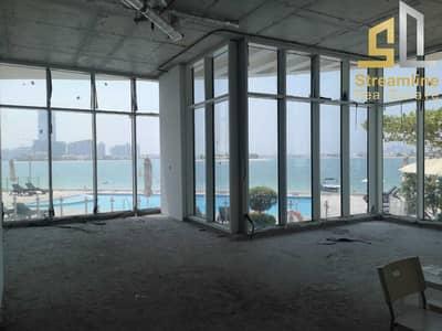 محل تجاري  للايجار في نخلة جميرا، دبي - محل تجاري في رويال باي نخلة جميرا 1700000 درهم - 5455696