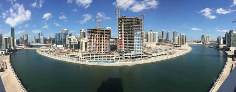 شقة 1 غرفة نوم للايجار في الخليج التجاري، دبي - Spacious Layout | Buss Station Available | Direct Access to the Canal Walk