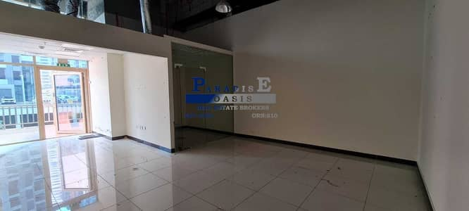 Shop for Rent in Jumeirah Lake Towers (JLT), Dubai - Prime Location I Near Metro Station I Fitted Retail Shop