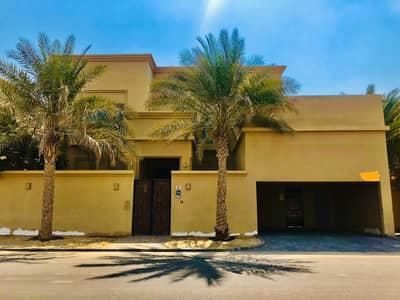 فیلا 5 غرف نوم للايجار في مدينة محمد بن زايد، أبوظبي - فیلا في المنطقة 1 مدينة محمد بن زايد 5 غرف 195000 درهم - 5456450
