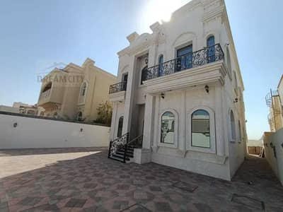 5 Bedroom Villa for Sale in Al Mowaihat, Ajman - Own a villa of a lifetime for you or your children in the Emirate of Ajman, Al Mowaihat area 1, for luxury owners, central air conditioning, an area o