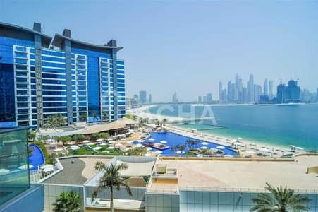 شقة 1 غرفة نوم للايجار في نخلة جميرا، دبي - Beautiful View! – Middle Floor - Unfurnished
