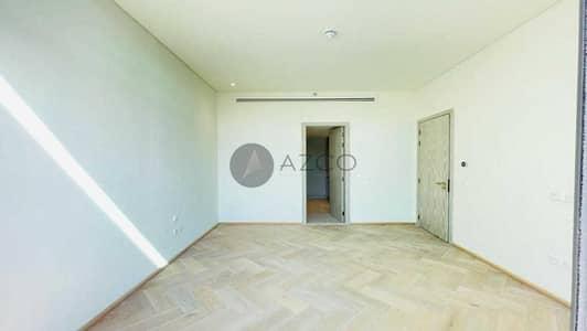 شقة 1 غرفة نوم للايجار في قرية جميرا الدائرية، دبي - المعيشة الفاخرة | مطبخ مجهز | أطلالة على بركة السباحة
