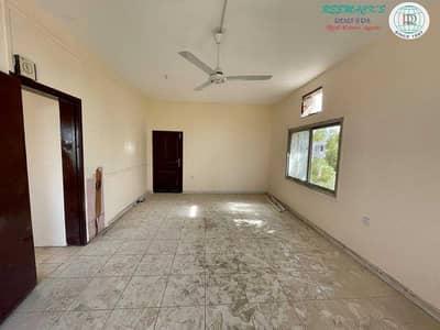 فیلا 2 غرفة نوم للايجار في الفيحاء، الشارقة - فیلا في الفيحاء 2 غرف 30000 درهم - 5186018