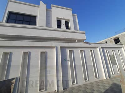 5 Bedroom Villa for Sale in Al Yasmeen, Ajman - Luxurious stone villa for sale, central air conditioning, distinctive finishes