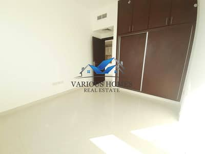 Outclass brand new 1bhk Apartment 40k in mushrif area