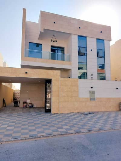 5 Bedroom Villa for Sale in Al Yasmeen, Ajman - Own a villa, personally finished, at the corner of two continental streets