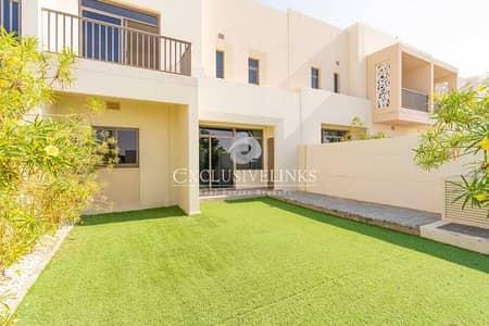 تاون هاوس 3 غرف نوم للبيع في تاون سكوير، دبي - Single Row/Type 1/Great Location/Hayat TH for Sale