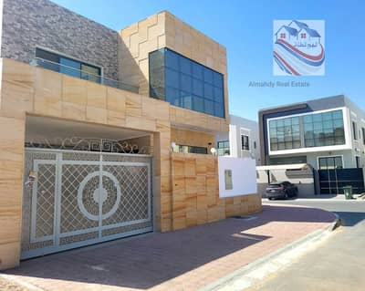 5 Bedroom Villa for Sale in Al Yasmeen, Ajman - Villa for sale on a street corner in a very privileged location, with European design and high-quality finishes, freehold for all nationalities for li