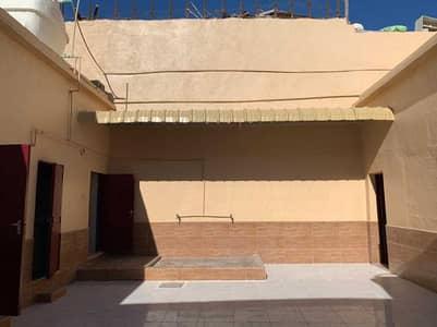 Neat & Cleaned Villa   5 Bed   Hall   Al Rashidiya 3 , Ajman   AED  40K