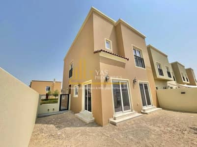 4 Bedroom Villa for Rent in Dubailand, Dubai - Magnificent Corner Villa