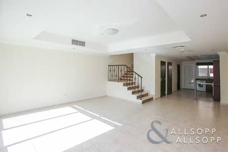 3 Bedroom Townhouse for Sale in Jumeirah Village Circle (JVC), Dubai - Exclusive   3BR   Next 2 Park and Mall   VOT