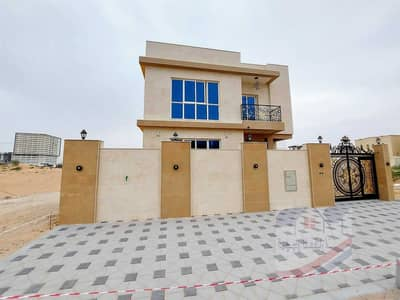 5 Bedroom Villa for Sale in Al Yasmeen, Ajman - The villa is freehold for all nationalities With the best modern finishes, the price is very attractive