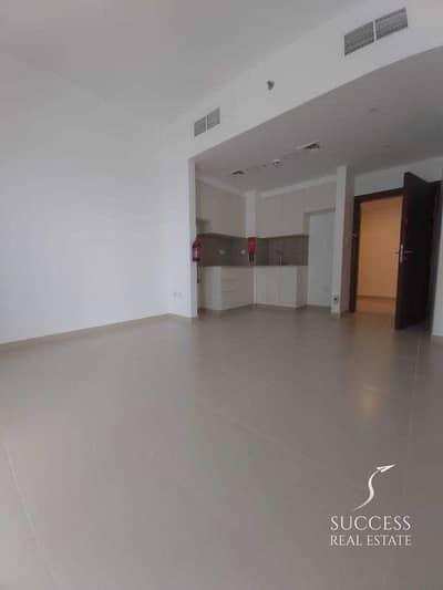 فلیٹ 1 غرفة نوم للايجار في تاون سكوير، دبي - شقة في حياة بوليفارد تاون سكوير 1 غرف 32000 درهم - 5214573