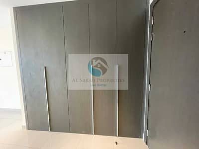 Studio for Rent in Business Bay, Dubai - High Floor   Canal View   Al Khail Road View   Balcony