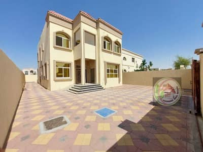 5 Bedroom Villa for Sale in Al Mowaihat, Ajman - For sale villa with a modern and attractive design, freehold for all nationalities, with wonderful finishes, freehold for life, and the price is negot