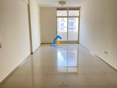1 Bedroom Flat for Rent in Dubai Sports City, Dubai - Huge Unfurnished  One Bedroom With Balcony