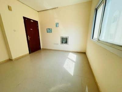 استوديو  للايجار في مويلح، الشارقة - شقة في مبنى مويلح مويلح 11000 درهم - 5465453