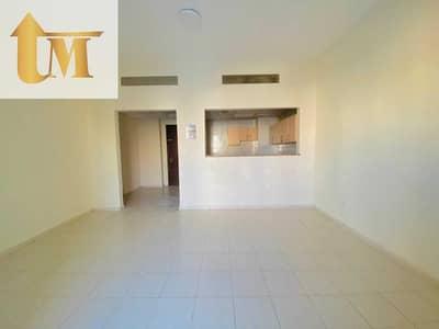 شقة 2 غرفة نوم للبيع في المدينة العالمية، دبي - شقة في الحي الإسباني المدينة العالمية 2 غرف 510000 درهم - 5466492
