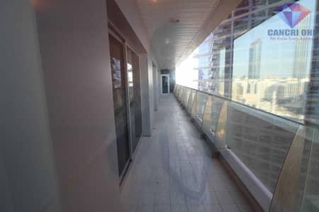 شقة 3 غرف نوم للايجار في الحصن، أبوظبي - شقة في برج بينونة 1 الحصن 3 غرف 125000 درهم - 5467416
