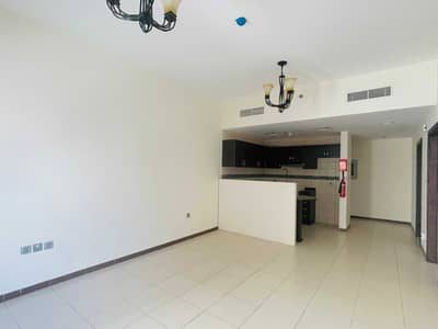1 Bedroom Apartment for Sale in International City, Dubai - VACANT 1BEDROOM WITH BALCONY IN INDIGO SPECTRUM.
