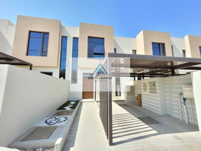 2 Bedroom Apartment for Rent in Al Tai, Sharjah - Brand new 2bhk with maidroom and storeroom