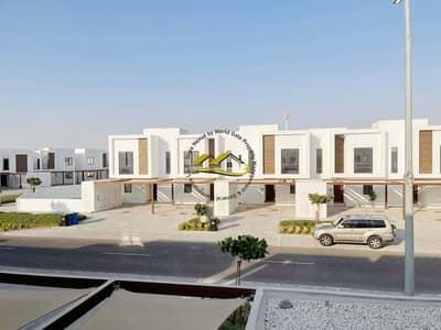 2 Bedroom Villa for Sale in Al Ghadeer, Abu Dhabi - No Commission I No ADM FEE  I Special Villa in the Phase II of Al Ghadeer