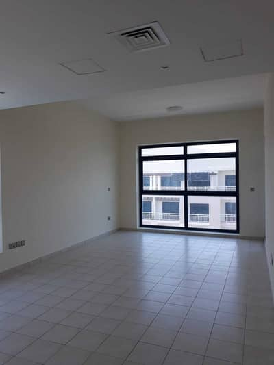 مبنى سكني 1 غرفة نوم للبيع في مجمع دبي للاستثمار، دبي - مبنى سكني في قرية الرمال مجمع دبي للاستثمار 1 غرف 18000000 درهم - 5017789