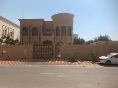 4 Bedroom Villa for Sale in Hoshi, Sharjah - Villa for sale in Sharjah full of electricity and water services without initial payment. . .