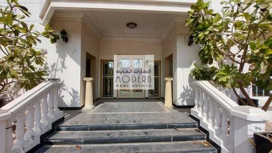 6 Bedroom Villa for Rent in Mirdif, Dubai - Huge 6 bedroom Villa main road facing available in Mirdif