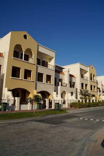 تاون هاوس 4 غرف نوم للبيع في قرية جميرا الدائرية، دبي - Spacious & Lavish Townhouse| Spanish Style Design