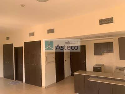 استوديو  للايجار في رمرام، دبي - Huge studio | Near the Pool | Close to gym and community  center