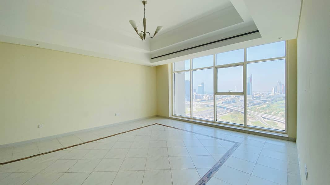 2 Vacant End Oct I Near Metro I Golf course View