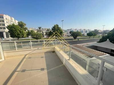 5 Bedroom Villa for Rent in Al Khalidiyah, Abu Dhabi - Spacious Villa w Majlis | Huge Garden + Parking