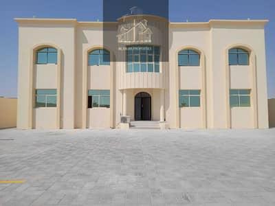 فلیٹ 2 غرفة نوم للايجار في جنوب الشامخة، أبوظبي - شقة في جنوب الشامخة 2 غرف 38000 درهم - 5478319