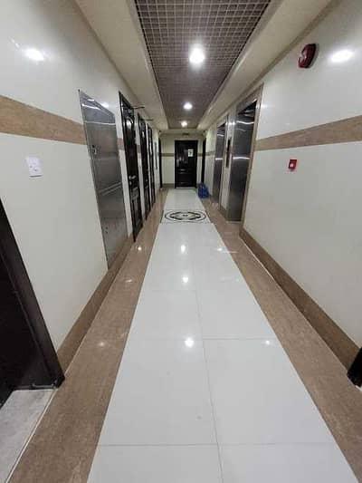 فلیٹ 3 غرف نوم للايجار في مصفح، أبوظبي - شقة في شعبية مصفح 3 غرف 65000 درهم - 5482579