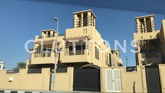 Luxury four bedroom villa - high quality finishing in Al Falaj