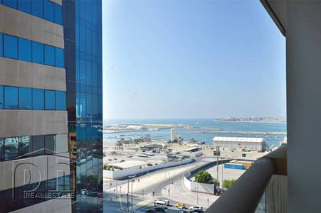 Largest 1BR. Partial sea view. 4 cheques
