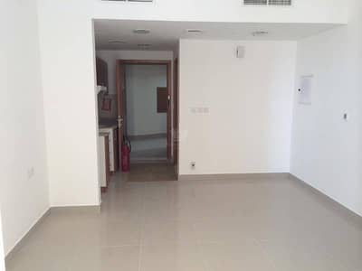 Furnished Studio With Parking For Sale in Lake Side  IMPZ